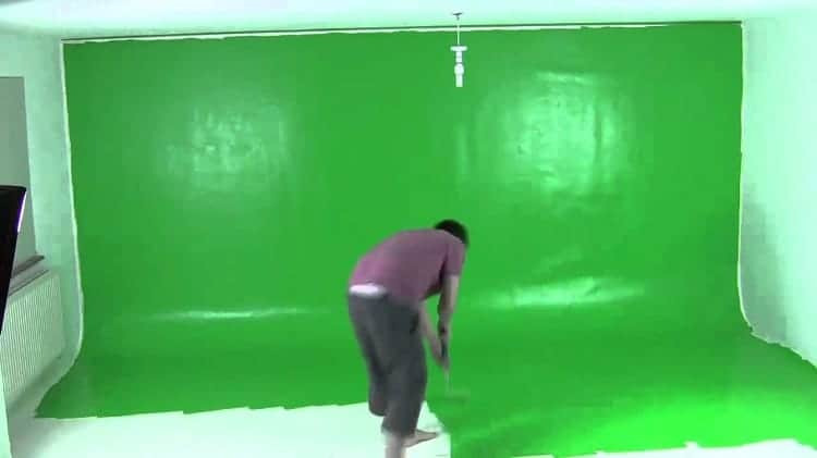What Type of Paint do You Need for a Tarp Green Screen?