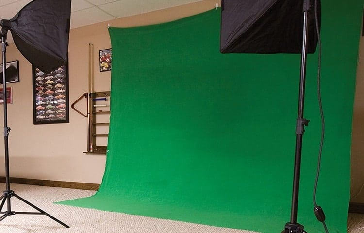 Differences Between a Tarp Green Screen and a Standard Green Screen